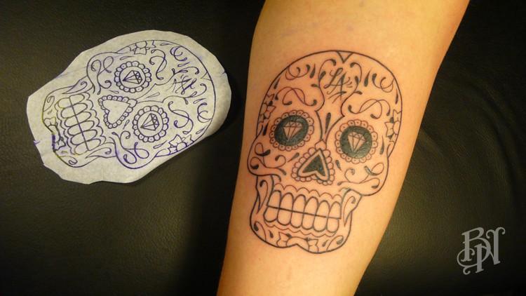 Tattoo flash bleu noir tattoo for Salon tattoo paris
