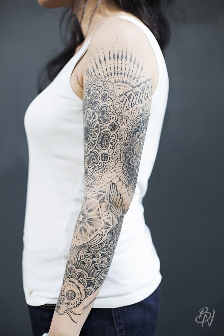 bleu-noir-paris-jeykill-tattoo-art-shop-mandala-dot-carpe-2