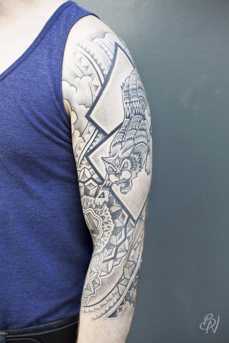 Bleu-noir-jeykill-tattoo-01