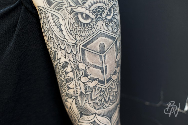 bleu-noir-tattoo-art-shop-jeykill-abbesses-02