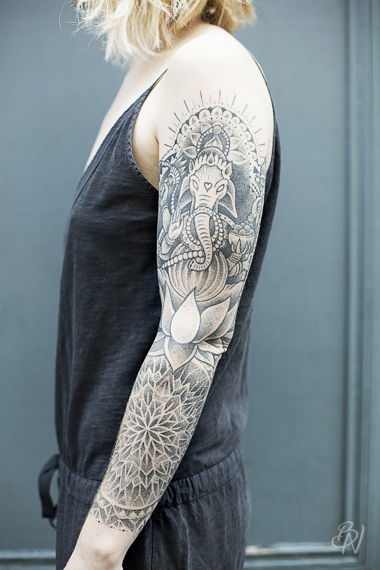 Jeykill-bleu-noir-tattoo-art-shop-abbesses-03-